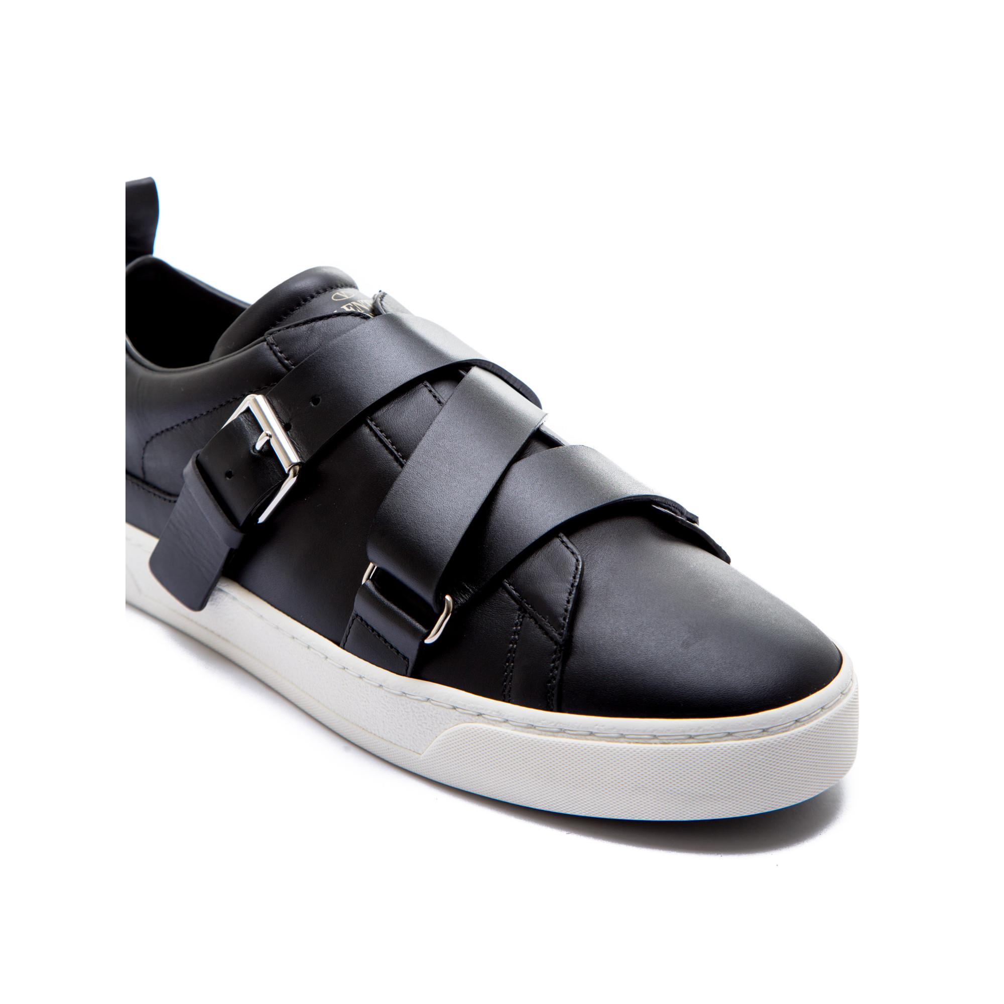 Valentino Chaussures Noires Avec Des Boucles Pour Les Hommes grDr3q
