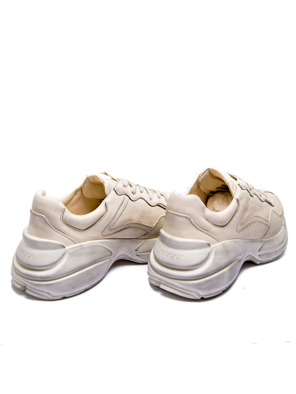 Gucci sport shoes wit