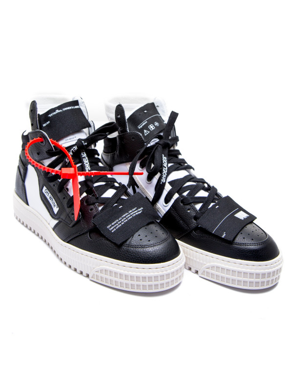 Off White off court zwart