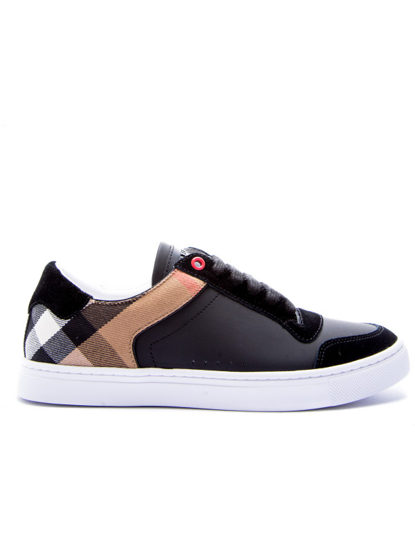 16d4e6883f0 Burberry reeth low trainers black Burberry reeth low trainers black -  www.derodeloper.com