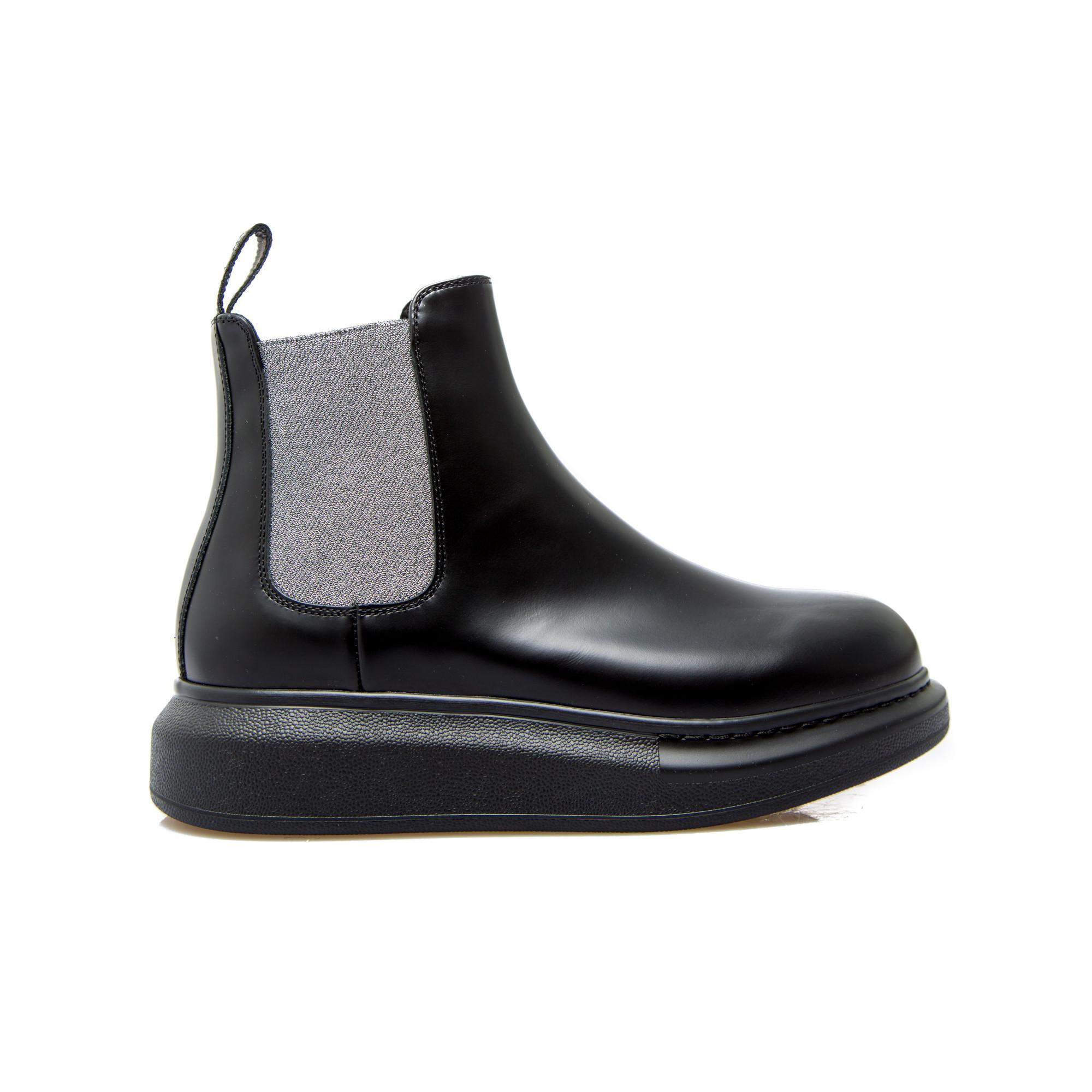 Alexander Mcqueen Low Boots Zwart |