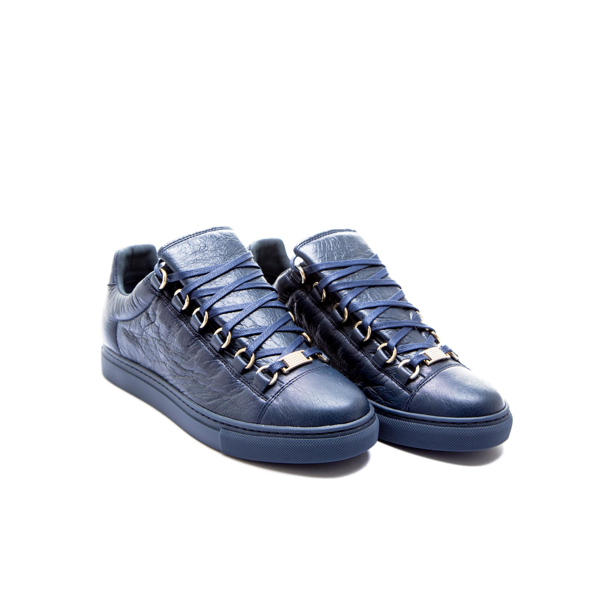 Arena Shoes Shop