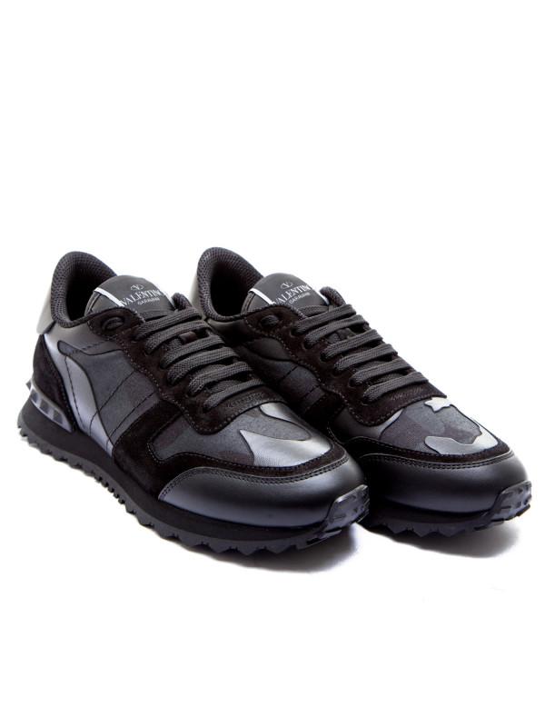 9a934bb3546271 Valentino Garavani Sneaker Zwart | Derodeloper.com