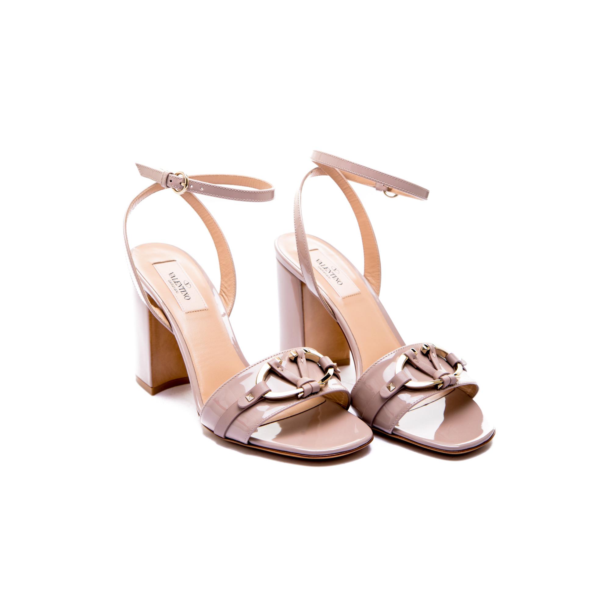 Valentino Chaussures Beige Avec Boucle Pour Femmes xQ0DPt