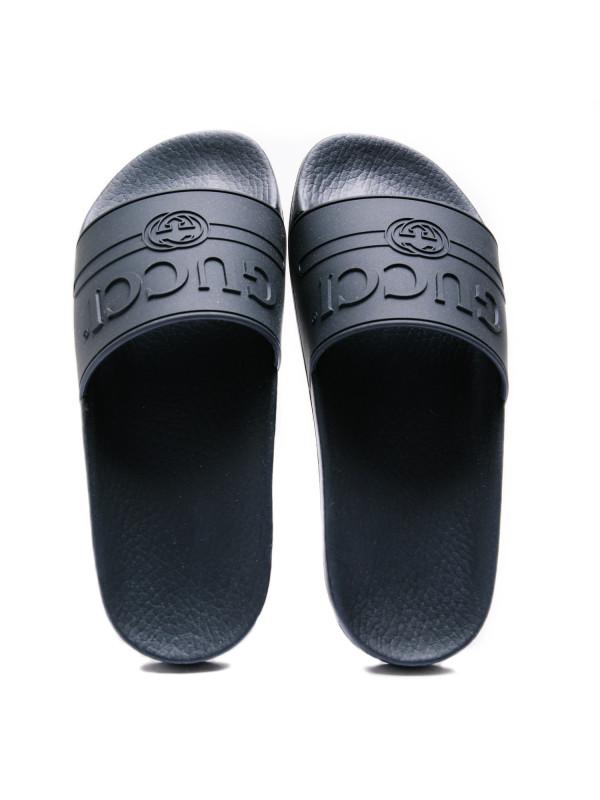 a6456cf7e2b Gucci logo rubber slide sandal black Gucci logo rubber slide sandal black -  www.derodeloper