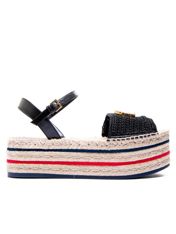 3833181e2 Gucci sandals crochet black Gucci sandals crochet black - www.derodeloper.com  - Derodeloper
