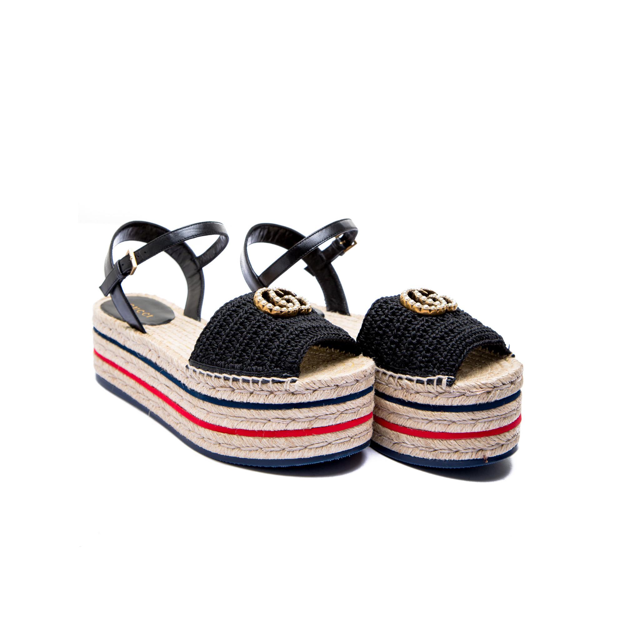 aa1ff108f ... Gucci sandals crochet black Gucci sandals crochet black - www. derodeloper.com - Derodeloper ...