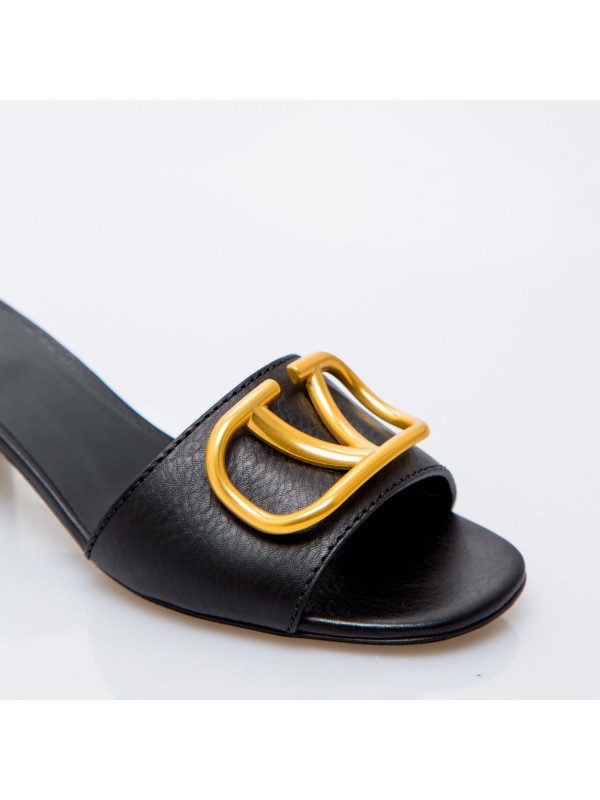 Valentino Garavani slide t.45 zwart