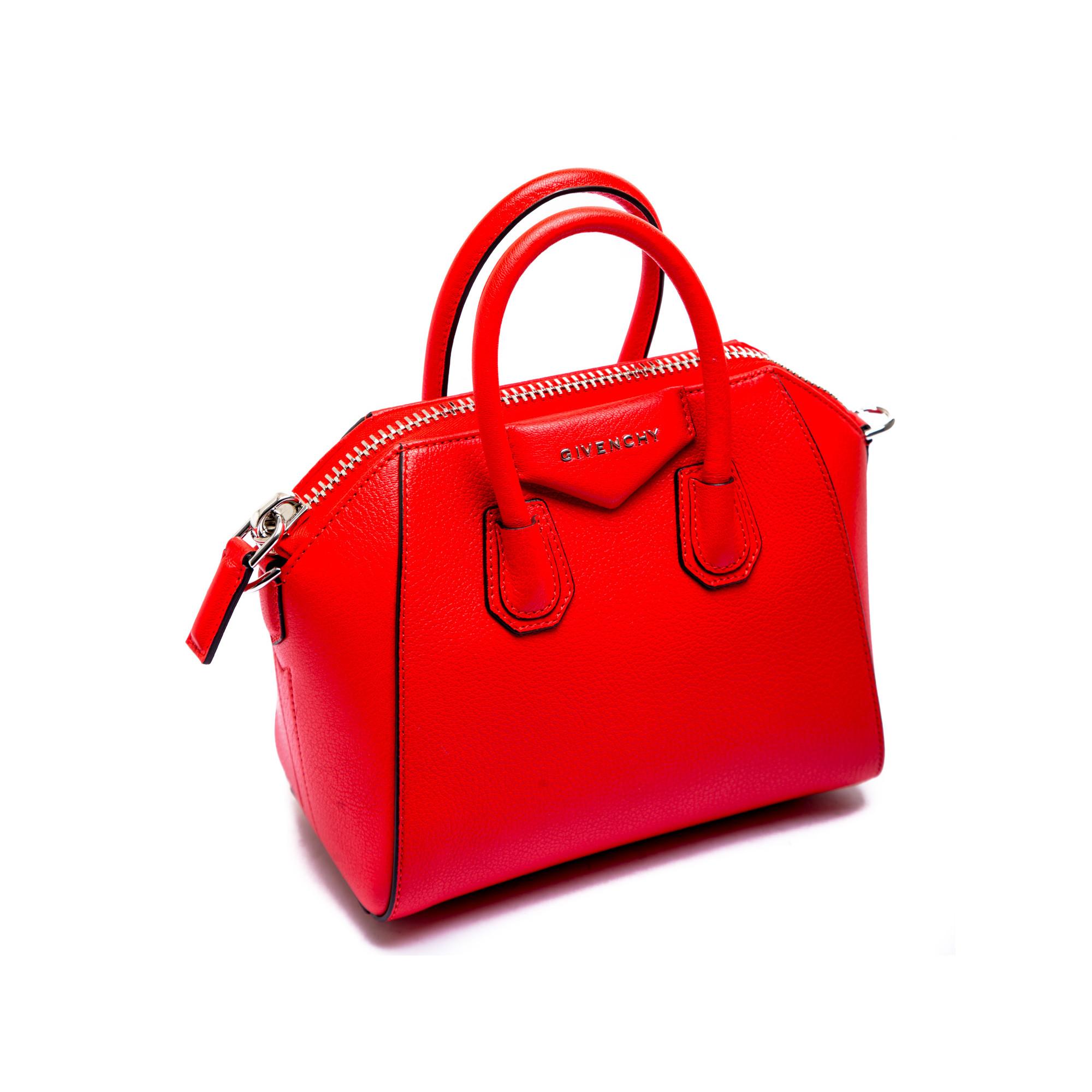 c84cdf1037 ... Givenchy antigona bag red Givenchy antigona bag red -  www.derodeloper.com - Derodeloper
