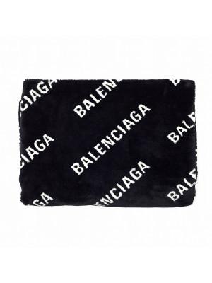 Balenciaga Balenciaga blanket fake fur lo