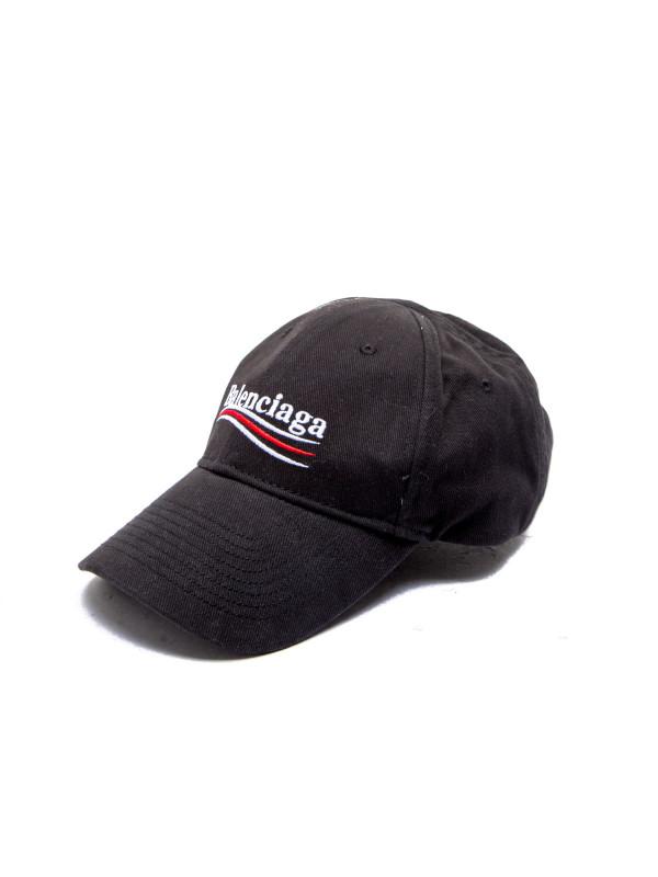 Balenciaga hat political black Balenciaga hat political black -  www.derodeloper.com - Derodeloper aaffca401b5
