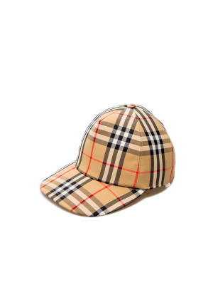 Burberry trucker cap 468-00605